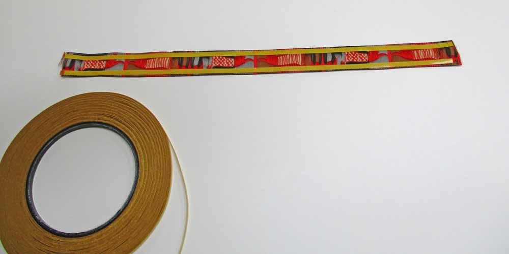 Rose-Decoration-Schluesselanhaenger-selber-naehen-stylefix-auf-Band-kleben