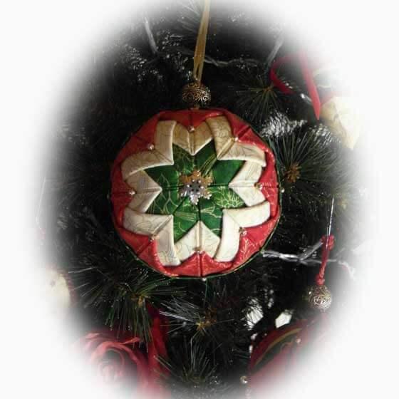 weihnachtsbaumanhaenger_aus_stoff_basteln