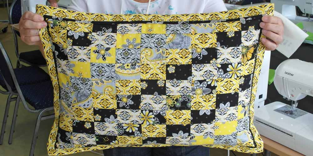 Exclusively-Quilters-Sundance-Kissen